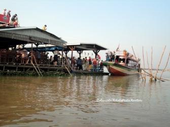 Chong Kneas Köyü